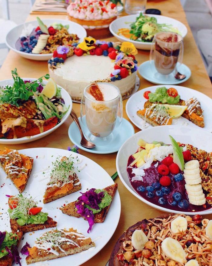 @lovelightandbananas_Sadhana_Kitchen_.jpg